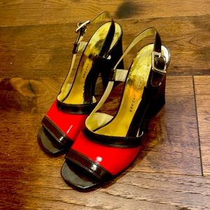 Marc by Marc Jacobs brown and red block heels